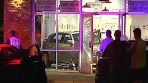 Sinking Springs Pa Restaurants by Multiple Injuries In Crash At Five Guys Restaurant In Sinking