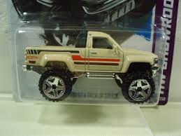 100 1987 Toyota Truck Pickup Toy Car Die Cast And Hot Wheels 2014