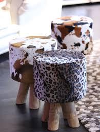 kleinmöbel wie hocker und beistelltische in vielen farben