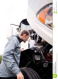 100 Semi Truck Engine Driver Inspecting White Big Rig Stock Image