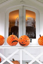 Ways To Make A Pumpkin Last by 40 Easy Diy Halloween Decorations Homemade Do It Yourself