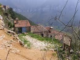 chambre d hote dans le tarn près de millau en gîtes et chambres d hôtes régine et jean