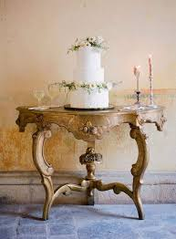 This Rustic Italian Wedding Cake Is Perfect For A Spring Summer Photographer