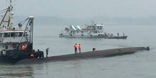 Cruise Ship Sinking Now by Hundreds Feared Dead After Cruise Ship Sinks In China U0027s Yangtze
