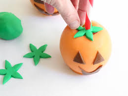 Healthy Halloween Candy Commercial Youtube by Halloween Treat Candy Coated Ghosts And Jack O U0027 Apples Hgtv