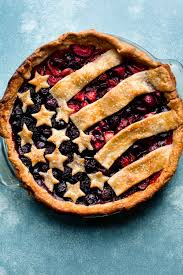 How to make an easy American Flag Pie Mixed berry fillings and flaky pie crust