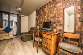 100 Bachelor Apartment Furniture For Sale Observatory Cape Town KW1441833