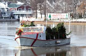 The Christmas Tree Ship Arrives On Vermilion River Deliver Trees At McGarveys Landing Dec
