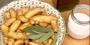 cuisiner des pommes de terre ratte galettes de pommes de terre ratte écrasées par josée di stasio di