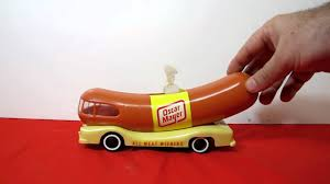 Oscar Mayer Wienermobile Toy Working - YouTube