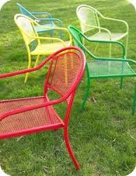 green metal patio chairs scarp rust lightly sand and spray paint patio furniture redo