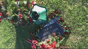 Gravesite Holiday Display Dismantled