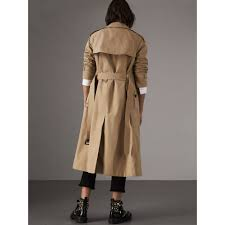 burberry siege social the westminster trench coat in honey