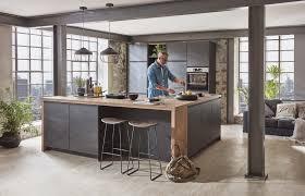 küche im industrie look küche interiordesign beton holz