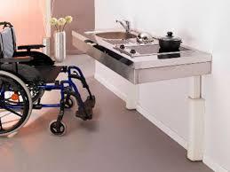cuisine pour handicapé cuisine pour personne en fauteuil roulant à mobilité réduite
