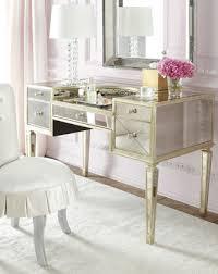 Attractive Design Mirrored Bedroom Vanity