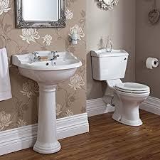 traditionelle weiß luxus badezimmer suite waschbecken