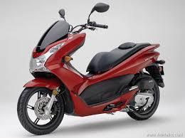 2013 Honda PCX 150 Scooter 3