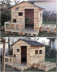 How To Make A Platform Bed Out Of Wood Pallets by The 25 Best Pallet Playhouse Ideas On Pinterest Pallet