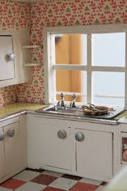 Old Kitchen Sinks With Drainboards by Dollhouse Kitchen Sink