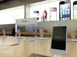 Analyst iPhone 5S Now In Stock At All Surveyed Retailers iPhone 5