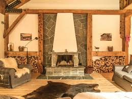 innenausbau in echtem altholz rustikal wohnzimmer