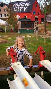 Pumpkin Patch Playground Chattanooga Tn by Rock City U0027s Enchanted Maize Home Facebook