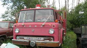 File:Ford Fire Truck Front View.jpg - Wikimedia Commons