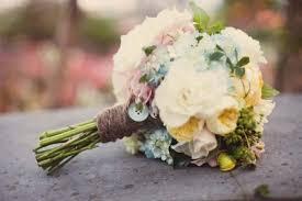 Bouquet Wrap Ideas Style Your Bouquet With Ribbons Details