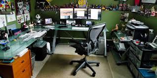 ordinateur de bureau pour gamer quelques idées pour améliorer le confort devant écran d ordinateur