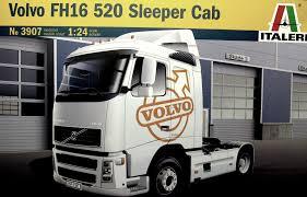 100 Truck Sleeper Cab VOLVO FH16 520 SLEEPER CAB Italeri 3907