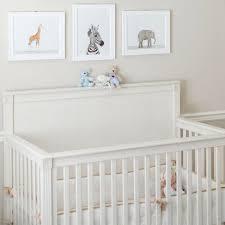 chambre bébé blanc une chambre bébé blanche design et classique à la fois idées