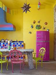Be Bold And Daring When Choosing Colours For Your Kitchen Design Here Are 10 Inspiring Colorful Ideas Awesome Pantone Inspired