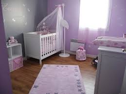decor chambre bebe idée chambre bébé mauve