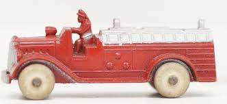 100 Tootsie Toy Fire Truck Toy Diecast 1940s White Tires 3