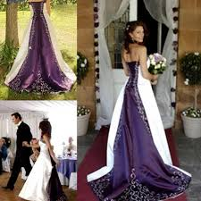 Discount 2015 Stunning White And Purple Wedding Dresses Strapless Delicate Embroidered Country Rustic Bridal Gowns Gothic Unique Custom Made Plus