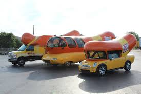 All Three Current Wienemobiles Together : Wienermobile
