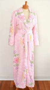 Chenille Bed Jacket by Love This Vintage Bed Jacket Done In Chenille I Must Do One