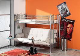 avez vous un lit mezzanine avec clic clac en dessous mamans et