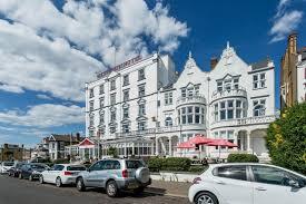 100 Westcliff Park Apartments Hotel On Sea