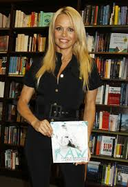 Pamela Anderson At Book Signing At Barnes & Noble - Celebzz - Celebzz Naya Rivera Book Signing At Barnes And Noble 09 Gotceleb Lindsey Stirling Signs Copies Of Her Zoey Deutch In Santa Monica Giada De Laurentis Los Anegeles Laura Prepon New The Grove Drew Barrymore At Wildflower In Jenna Jameson Books Butt 7 Steven Greenhuts Book Signing Draws A Crowd Jack Host Event Photo Middle School Rules Of Skylar Diggins Debut Khloe Kardashian For