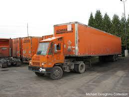 100 Ottawa Trucks Commando Schneider National Schneider
