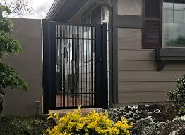 100 Contemporary Gate ISLAND RAILING GATES LLC Japanese S S