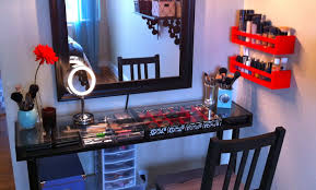 Vanity Table With Lighted Mirror Canada by Table Beautiful Vanity Table With Lights And Mirror Furniture