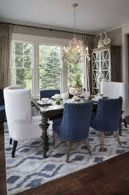 The Textured Silk Drapes In This Dining Area Add Warmth To Room We Love How They Frame Window And Bring Out Gold Rivets On