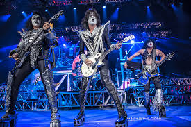 KISS Opens Freedom To Rock Tour With 100000 Decibels Of Absolute Awesomeness