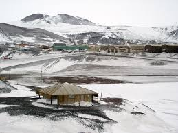 100 Antarctica House Antarctic Huts Historical Reamins From The Heroic Age Of Exploration