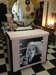 Marilyn Monroe Bedroom Furniture by 29 Best Marilyn Monroe Furniture Images On Pinterest Dresser