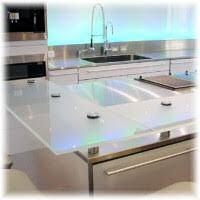 plan de travail cuisine en verre le verre pour les plans de travail de cuisine et salle de bain