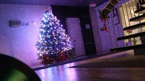 Griswold Christmas Tree Through Roof by Christmas Laser Lights May Reduce Falls But Purists Defend String